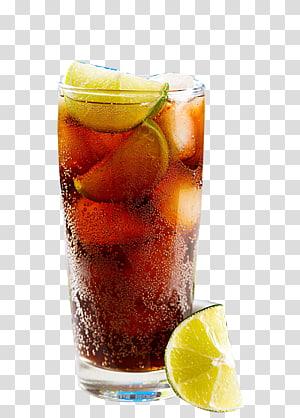 Verre clair rempli de liquide brun et de citron vert, Boisson Coca-Cola au jus de cocktail, Glaçons au citron et cocktail png